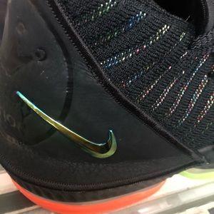 Nike Shoes - Lebrons I promise basketball shoes